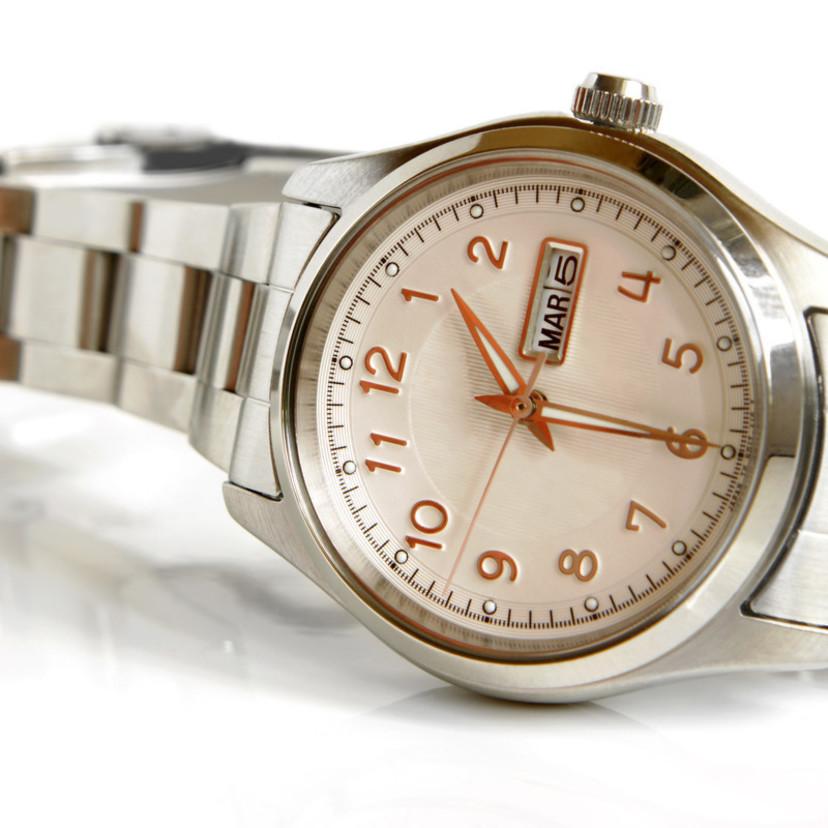 finest selection 23e3d d7c9d レディース腕時計のおすすめ5選! ファッションスタイリストに ...