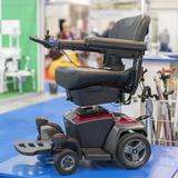 電動車椅子おすすめ11選|折り畳み式やノーパンクタイヤまで、選び方や厳選商品を紹介!