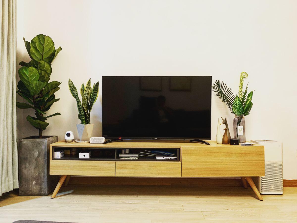 【IT&家電ライターが選ぶ】液晶テレビ保護パネルおすすめ5選|パネルタイプ・ノングレアタイプも